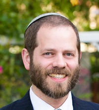 Picture of Associate Professor Lowell Abrams