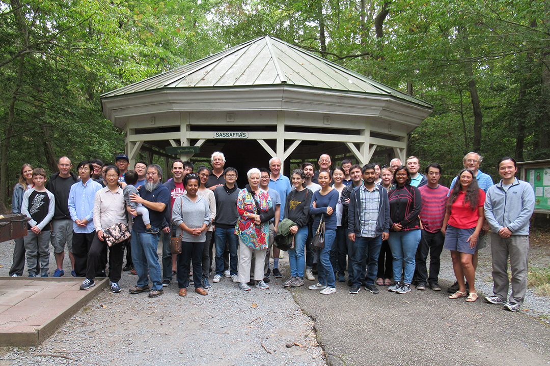 Math students, faculty & staff at a picnic